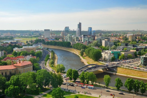 Вид на мост в Вильнюсе