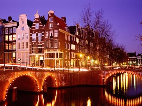 Амстердам ночью