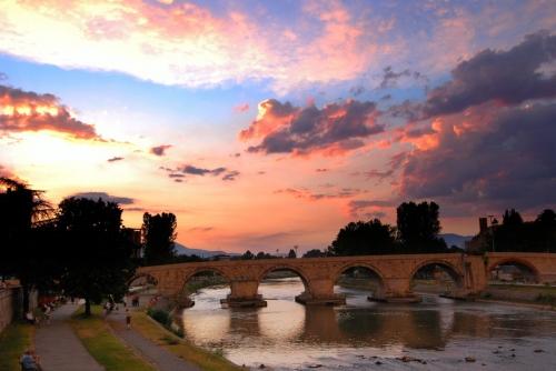 Красивый мост в Македонии