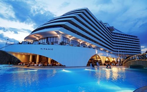 Роскошный отель в Турции