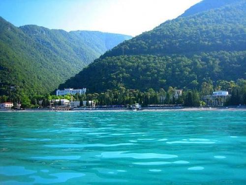 Красивый пейзаж в Абхазии