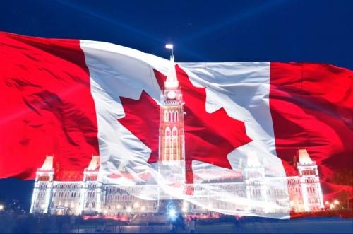 Флаг и достопримечательность в Канаде