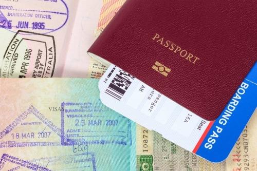Шенгенская виза, паспорт и билеты