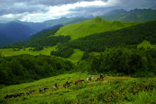Конная прогулка по горам Абхазии