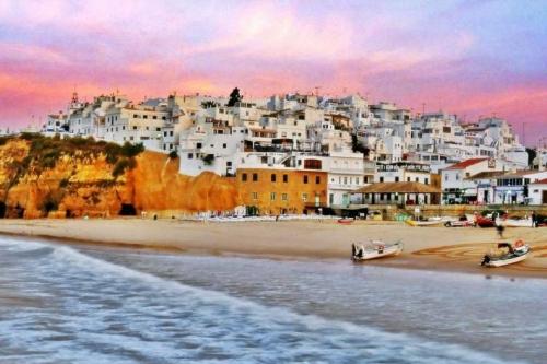 Рассвет в Португалии