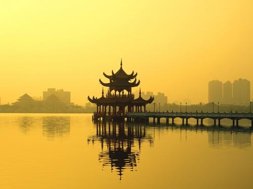 Достопримечательность на озере на Тайване