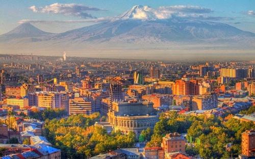 Армения и кавказские горы