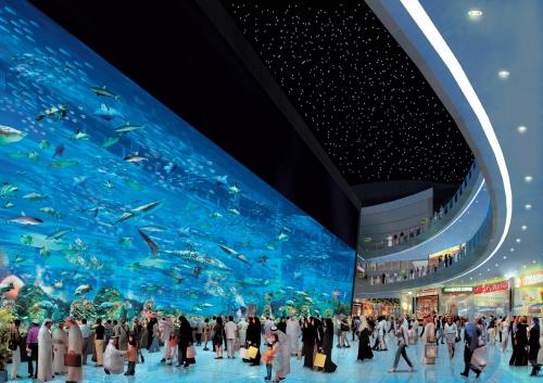 Аквариум в торговом центре в Дубае