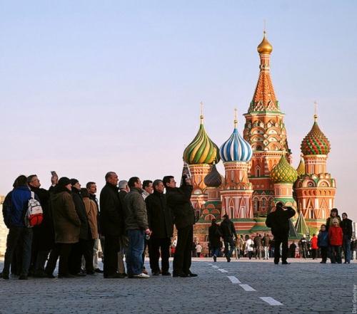 Как оформить приглашение для иностранца в Россию?