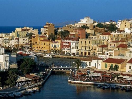 Живописные виды Греции